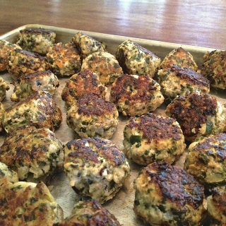 Turkey Meatballs with Hidden Vegetables <h6>– Low Carb, Gluten Free</h6>