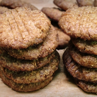 Peanut Butter Cookies <h6>– Low Carb, Gluten Free, Sugar Free </h6>