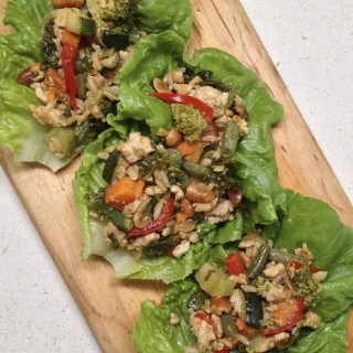 Lettuce Cups with Vegetables, Chicken, and Mango Sauce <h6> – Gluten Free </h6>