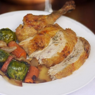 Crispy Roast Chicken With Caramelized Vegetables <h6>Low Carb, Gluten-Free, Dairy-Free, Paleo</h6>