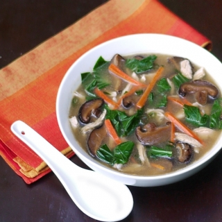 Shiitake, Bok Choy, and Ginger Chicken Soup <h6> – Low Carb, Gluten Free, Dairy Free </h6>