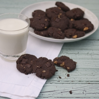 Chocolate Chocolate Chip Cookies with Walnuts <h6>-Low Carb, Gluten Free, Sugar Free </h6>